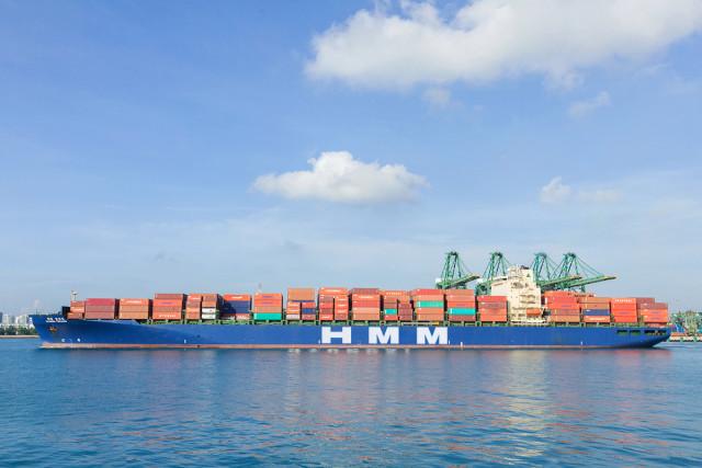 인도 서비스에서 운항 중인 5000TEU급 컨테이너선 HMM 포워드호
