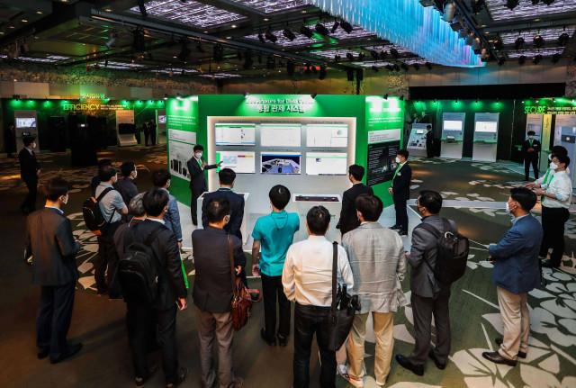 슈나이더 일렉트릭가 진행하는 이노베이션 데이 데이터센터 행사장 전경