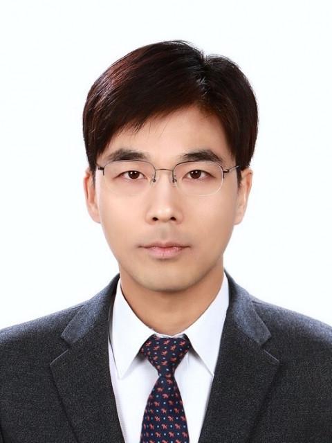 GC녹십자가 김지헌 사업개발본부장을 영입했다