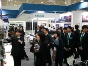 오토메이션월드 2012 전시회가 3일 코엑스에서 나흘간의 일정으로 시작됐다. (사진제공: 아이씨엔)