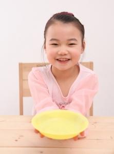 코는 물론 몸의 건강을 위해서는 '인스턴트 식품과 조미료가 들어간 음식을 피하고 신선한 음식, 제철 음식을 먹는 것'이 기본이다. 하지만 아무리 건강에 좋다고 소문난 식품(음식)이라도 개인의 체질과 맞지 않으면 오히려 건강에 독이 될 수 있기 때문에 자신의 체질에 맞게 '골라서' 먹는 지혜가 필요하다. (사진제공: 코모코한의원)