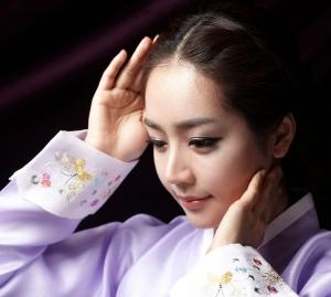 2012/2013 신상품 안근배한복대여 (사진제공: 유송)