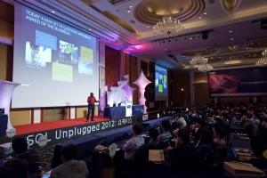 한국마이크로소프트는 오늘 오전 잠실 롯데호텔에서 '마이크로소프트 SQL Unplugged' 개발자 행사를 개최하고 SQL 서버 2012 출시와 제품에 대해 설명하는 자리를 가졌다. (사진제공: 한국마이크로소프트)