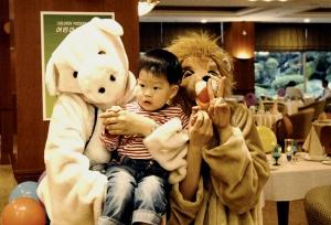 KAL호텔은 가정의 달 5월 어린이날을 맞이하여 가족이 함께 즐길 수 있는 다채로운 체험이벤트와 특별메뉴를 마련하여 선보인다. (사진제공: 대한항공 KAL호텔)