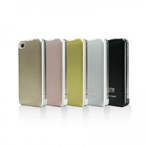 아이폰 4S, 4 케이스 겸용 보조배터리, 노벨뷰 NVB1350 (사진제공: 노벨뷰)