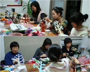 조윤주 강사가 진행하는 미술심리상담과정에서 수강생들이 교육을 받고 있는 모습 (사진제공: 내일능력개발원)