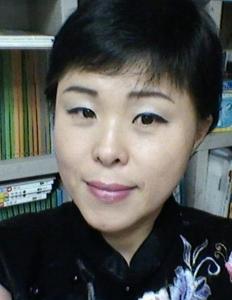 창조문학신문 신춘문예 시조 부문 당선자 김보현 씨 (사진제공: 창조문학신문사)