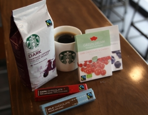 스타벅스 공정무역 커피와 초콜릿 (사진제공: 스타벅스커피코리아)