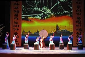 창작곡 국악 뮤지컬 '연오랑과 세오녀'가 오는 6월 9일(토) 오후 4시30분 문화예술회관 대공연장에서 시민의 날 특집공연으로 화려하게 펼쳐진다. (사진제공: 포항시청)