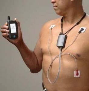 텔릿와이어리스솔루션즈는 자사의 무선데이터 통신 모듈인 CC864-듀얼(DUAL)이 심부정맥 진단 및 모니터링을 전문으로 하는 글로벌 무선 의료 기술업체인 카디오넷의 외래환자 모바일 의료 진단기인 MCOT과 통합되어 원격 의료 데이터 서비스를 제공한다고 밝혔다. (사진제공: 텔릿와이어리스솔루션스)