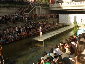청계천 수상패션쇼 (사진제공: 서울특별시청)