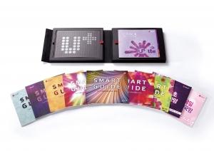 LG유플러스(부회장 이상철 / www.uplus.co.kr)가 U+LTE 가입을 위해 제작한 고객상담 책자인 '스마트 가이드북'이 세계 3대 디자인 어워드 중 하나인 '2012 레드닷 디자인 어워드'를 수상했다. 사진은 2012 레드닷 디자인 어워드에 출품한 '스마트 가이드북' (사진제공: LG유플러스)
