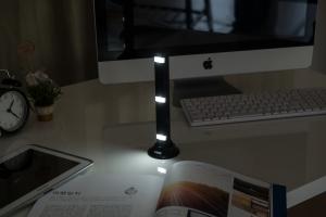 비스비가 비스비(VISVI) 파워 엘이디(POWER LED) 보조배터리를 출시했다. (사진제공: 비스비)