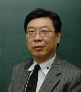신우성논술학원의 자연계수리논술 이동훈선생 (사진제공: 신우성학원)