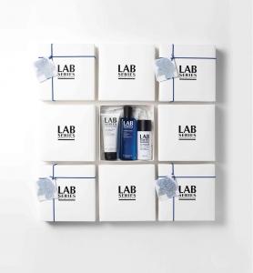 남성 전문 스킨케어 브랜드 랩 시리즈(LAB SERIES)가 어버이날과 스승의 날을 앞두고 준비한 선물 세트 이미지