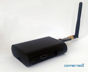 커넥티드에잇이 개발한 스마트 비콘 제품. 이 제품은 블루투스 4.0 환경에서 뿐만 아니라 와이파이 망에서도 사용 가능하다. (사진제공: 커넥티드에잇)