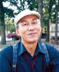 손용상 작가 (사진제공: 한국문학방송)