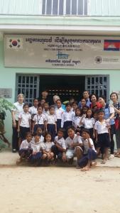 정용화가 캄보디아에 쌀 10,500kg를 기부했다 (사진제공: 나눔스토어)
