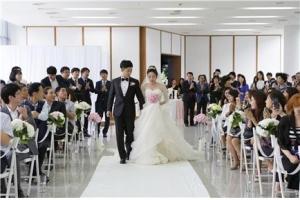 청년여성문화원이 2015 청와대 사랑채 작은 결혼식을 성황리에 마무리했다고 밝혔다 (사진제공: 청년여성문화원)
