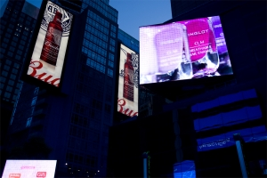 노상현 작가의 타임스퀘어 전시 작품 중 Manhattan 004 (사진제공: 업노멀)