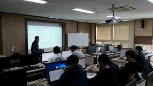 동명대가 소프트웨어융합사업단의 프로그램을 실시하고 있다 (사진제공: 동명대학교)