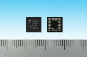 """도시바가 사물인터넷(IoT)용 ApP Lite™ 제품군의 최신 추가 제품으로서 웨어러블 기기용 애플리케이션 프로세서인 """"TZ1201XBG""""을 출시했다 (사진제공: Toshiba Semiconductor & Storage Products Company)"""
