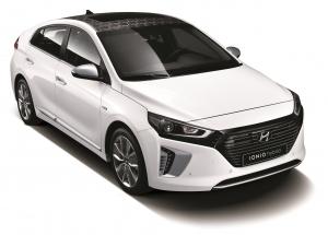 현대차가 국산 최초 친환경 전용 모델 아이오닉을 출시했다 (사진제공: 현대자동차)