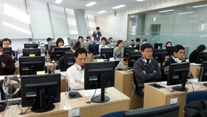 중국어 HSK iBT 시험장 풍경 (사진제공: 신우성학원)