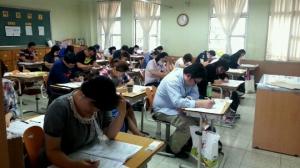 수험생들이 CS클레임관리사 시험을 치르고 있다 (사진제공: KCA)