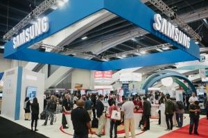 15년 10월 미국 샌프란시스코에서 열린 오라클 오픈월드 2015 참가한 삼성전자가 다양한 기업용 솔루션을 소개했다 (사진제공: 삼성전자)