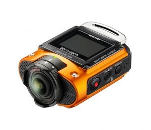 세기P&C가 리코 최초로 4K 동영상을 지원하는 방수 액션캠 WG-M2를 공개한다 (사진제공: 세기P&C)
