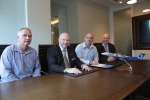 봄바디어 커머셜 에어크래프트가 호주 시드니에 소재한 Hawker Pacific과의 공인 서비스 시설 계약을 5년 연장한다고 발표했다 (사진제공: Bombardier)
