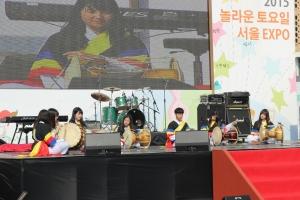으랏차차 청소년동아리 사물놀이동아리 패 (사진제공: 하이서울유스호스텔)