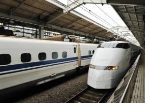 현대로템이 2016년에 수주한 해외철도 (사진제공: 조광페인트)