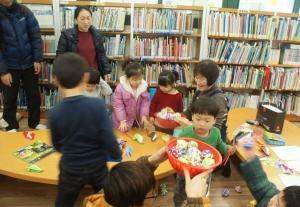 대전 용운 도서관에서 진행된 도서관이 좋아요 프로그램 (사진제공: 국민독서문화진흥회)