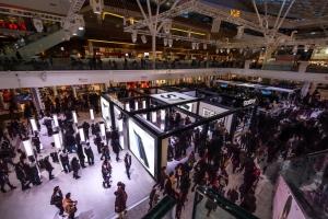 갤럭시 S7 스튜디오 오픈 첫 주말 6만명 이상의 소비자가 스튜디오를 방문해 갤럭시 S7의 완전히 새로워진 다양한 혁신 기능을 경험했다 (사진제공: 삼성전자)