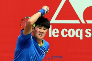 건국대 테니스부 권순우가 국제테니스연맹 와세다대 국제퓨처스대회 단식 우승을 차지했다 (사진제공: 건국대학교)
