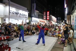 도심 한복판에서 펼쳐지는 거리공연(6마당)