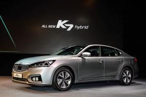 기아자동차는 29일 올 뉴 K7 하이브리드의 공식 출시 행사 및 시승회를 갖고 본격적인 판매에 돌입했다