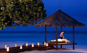 반얀트리 바빈파루와 앙사나 벨라바루가 로맨틱한 휴일에도 건강한 휴식을 찾는 커플들을 위해 스파 트리트먼트가 포함된 프로모션 패키지를 출시했다. 사진은 반얀트리 바빈파루