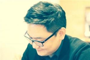 싱어송라이터 홍인성 (사진제공: 엠브이엠 컴퍼니)