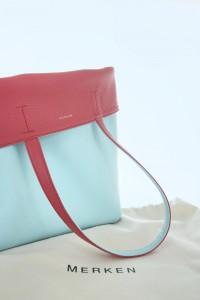 DUAL-FLIP Series Shoulder Bag