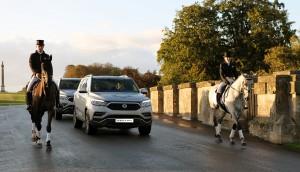쌍용차가 영국 최대 규모의 국제승마대회 통해 G4 렉스턴을 선보였다