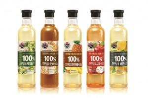 CJ제일제당이 자연발효식초 제품 연구를 통해 자연발효식초가 체지방 개선에 효과가 있음을 입증했다