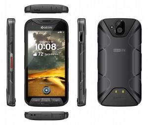SK텔레콤이 LTE 무전기이자 충격에 강한 특수 스마트폰인 토크를 단독 출시했다