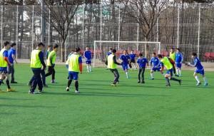 경기도장애인복지종합지원센터가 3월부터 11월까지 수원삼성블루윙즈 축구단과 도내 거주시설 장애인들의 생활체육 지원을 위해 꿈쟁이 풋살교실을 운영했다