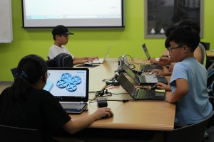 쓰리디아이템즈가 광진도서관에서 진행하는 전자의수 제작 등 과학문화활동 교육