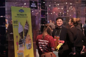 한국콘텐츠진흥원이 11월 30일부터 12월 1일까지 핀란드 헬싱키에서 열린 유럽 최대 규모 창업 컨퍼런스 슬러시 2017에서 콘텐츠분야 국내 스타트업 5개사의 해외진출을 지원했다. 사진은 스위트몬스터 부스