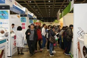 한국유기농업협회가 유기가공식품 6개 업체와 홍콩 로하스 박람회 2018에 참가한다. 사진은 홍콩 로하스 박람회 2017 현장