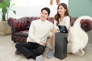 LG전자가 초고화질에 사용이 편리한 LG 4K UHD 프로젝터 신제품을 CES 2018에서 선보인다